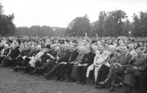 Bundesarchiv, Bild 183-25414-0111 / CC-BY-SA